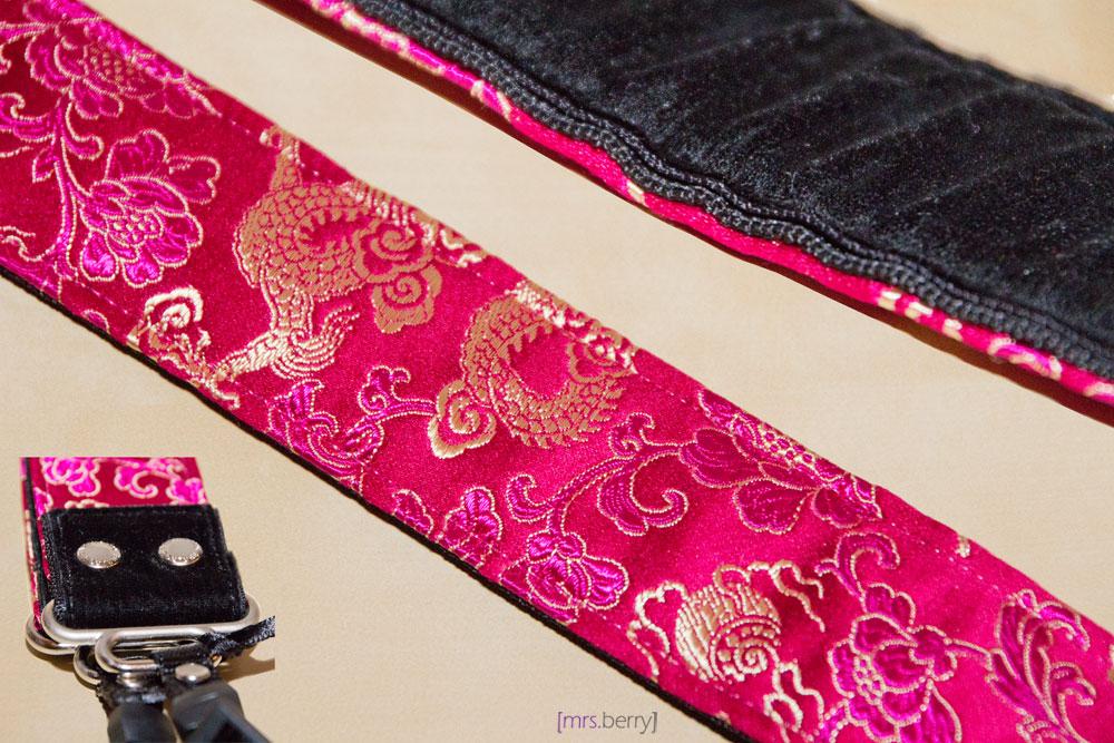 Designstraps - Kameragurt Lotus Passion Muster