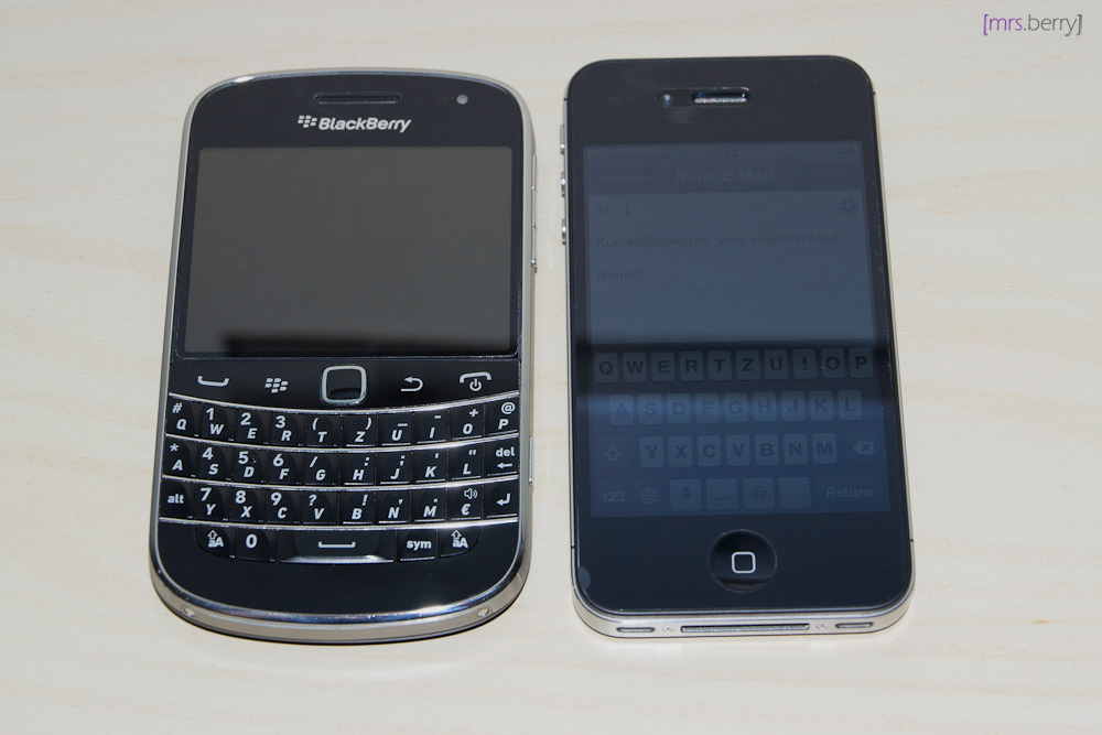 BlackBerry Bold 9900 vs. iPhone 4S