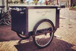 Lenny's Eisladen / Lenny's ijs en koffiesalon – Ausgehtipp für Heel, Region Limburg in den Niederlanden