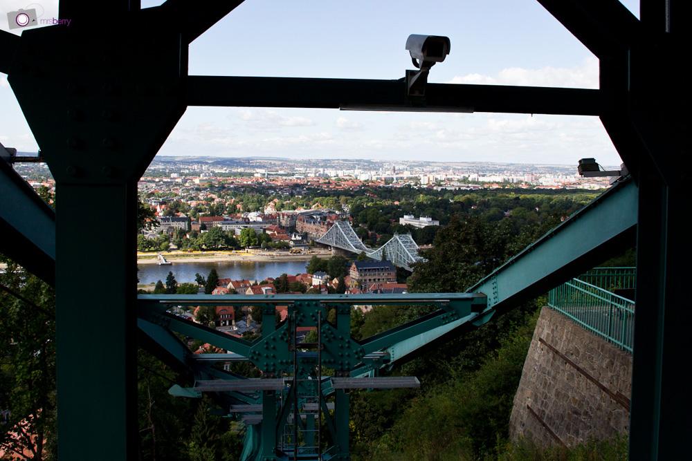 Dresdner Schwebebahn in Loschwitz
