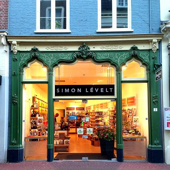 Window-Shopping in Arnheim