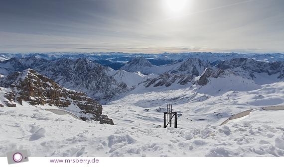 Blick von der Zugspitze - TOP OF GERMANY