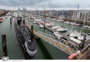 Hafen von Zeebrügge: Seafront - das alte russische U-Boot