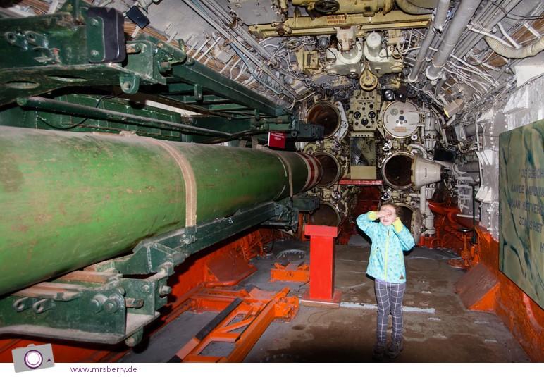 Hafen von Zeebrügge: Seafront - im alten russischen U-Boot