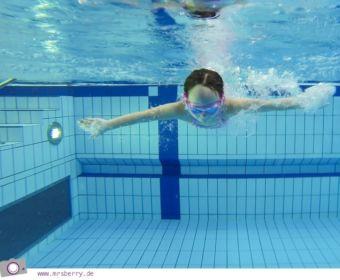 Reisefit - Schwimmen mit Kind