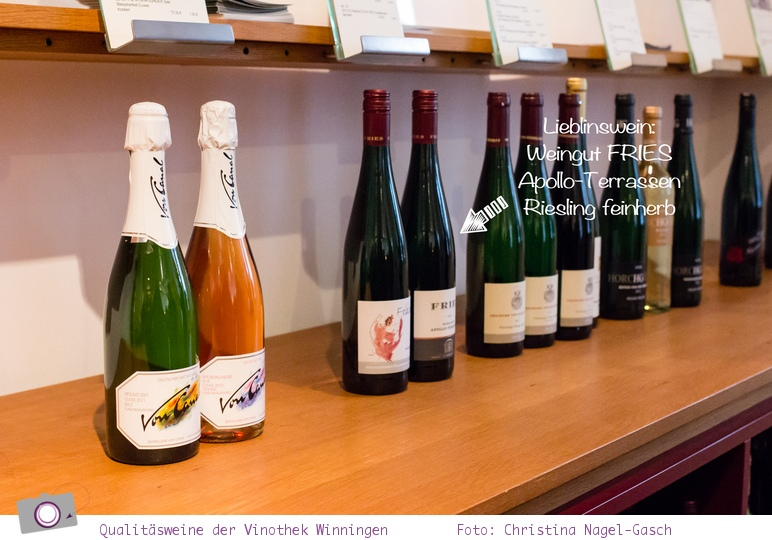 Weinprobe in der Vinothek in Winningen
