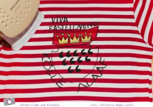 Kostümidee für Karneval: Zahlen-Clown Rot-Weiß für Erwachsene und Kinder