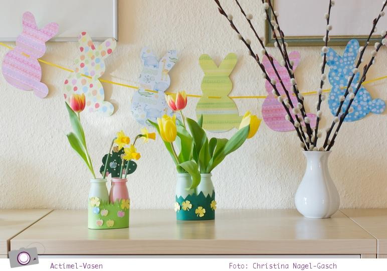 Basteln mit Kindern: Actimel Vase für Frühlingsblumen