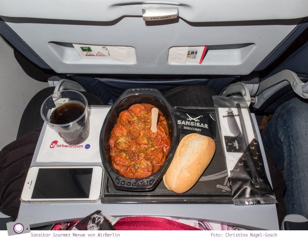 Essen im Flugzeug: Sansibar Gourmet Menüs von Air Berlin - Currywurst