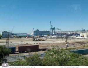Mittelmeer Kreuzfahrt mit der Norwegian Epic - Das Schiff im Hafen von Marseille