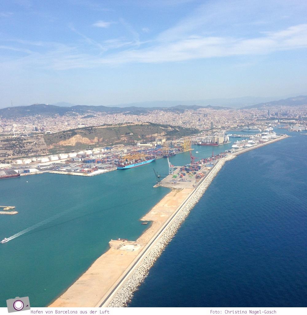 Mittelmeer Kreuzfahrt mit der Norwegian Epic - Der Hafen von Barcelona aus der Luft.
