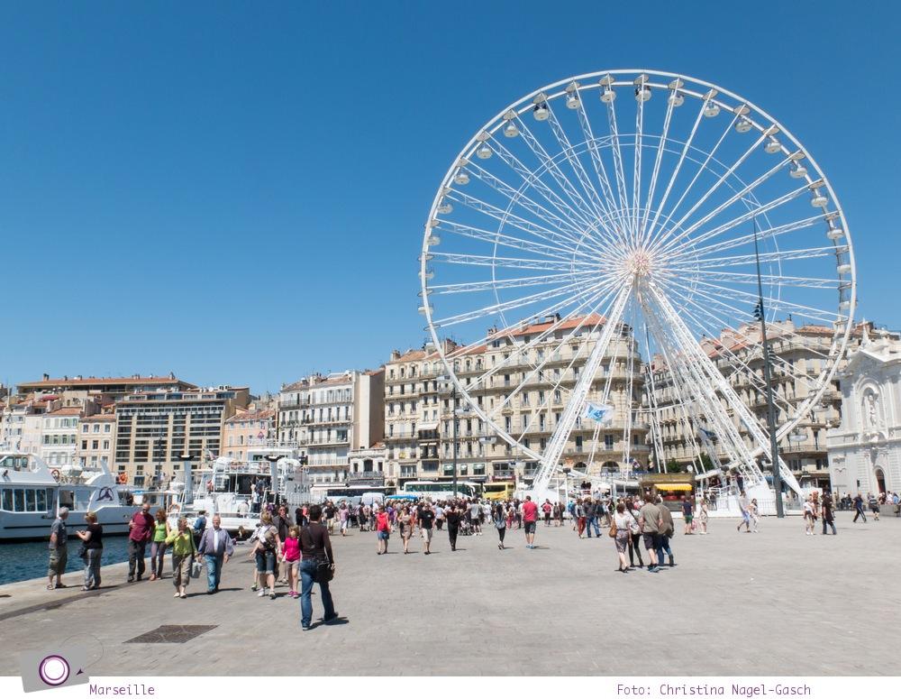 Norwegian Epic: Landgang in Marseille - das Riesenrad am alten Hafen von Marseille