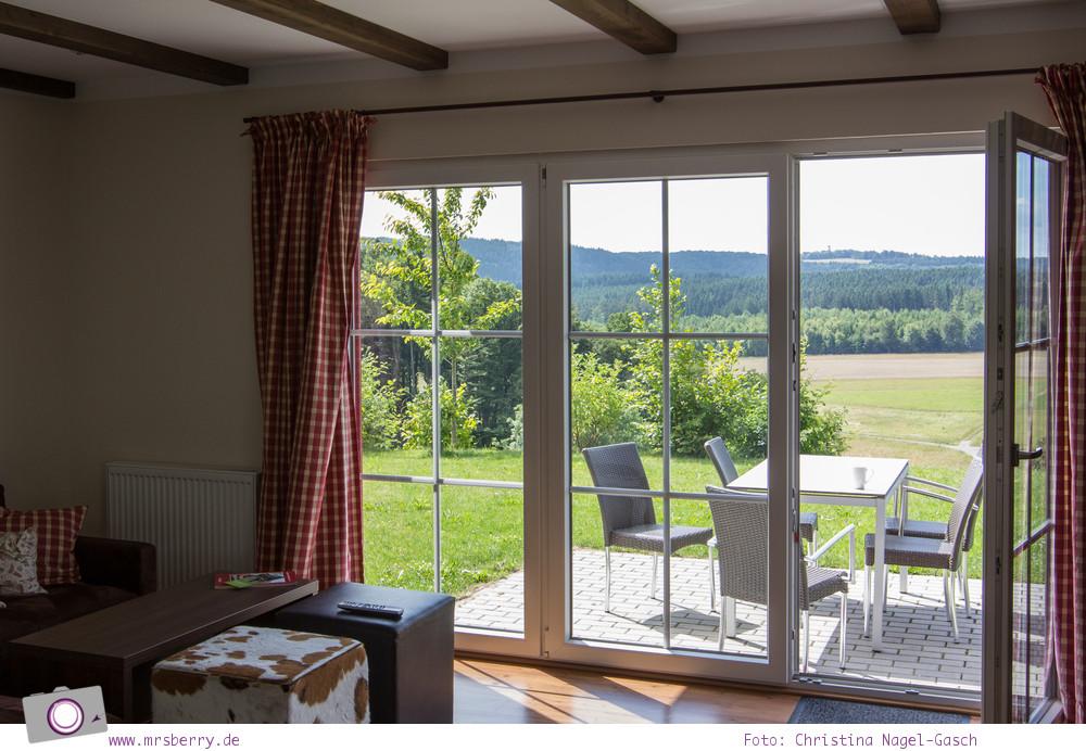 Urlaub in der Eifel: Lindner Ferienpark am Nürburgring - First Class Haus mit Aussicht ins Grüne
