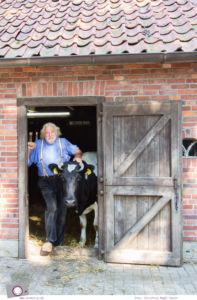 Ferien im Emsland: Tierpark Nordhorn - Bauer Harm und Kuh Jolanda