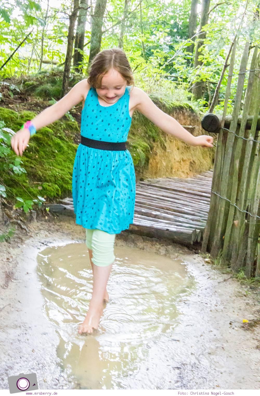 Wandern mit Kindern - Barfuß-Wanderweg im Hoge Kempen Nationalpark, Belgien