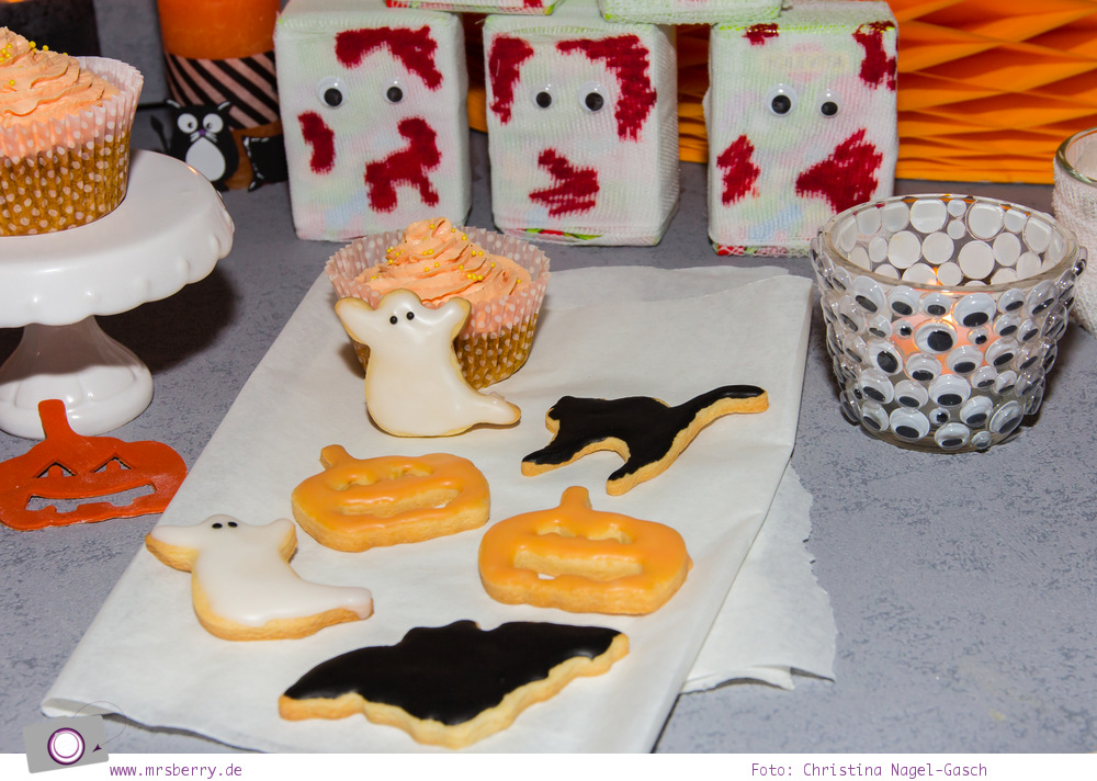 DIY_Halloween_Dekoration_Sweet_Table_6