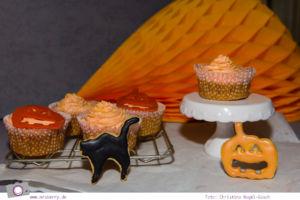 Rezept Kürbis Cupcakes und Halloween Kekse