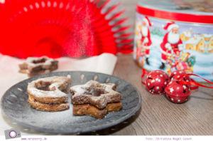Weihnachtliches Kekse-Backen: Rezept für Linzer-Sterne