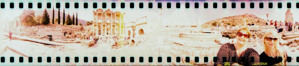 Lomography mit der Spinner 360 Grad in der Türkei - Unesco Welterbe Ephesos mit Celsus Bibliothek