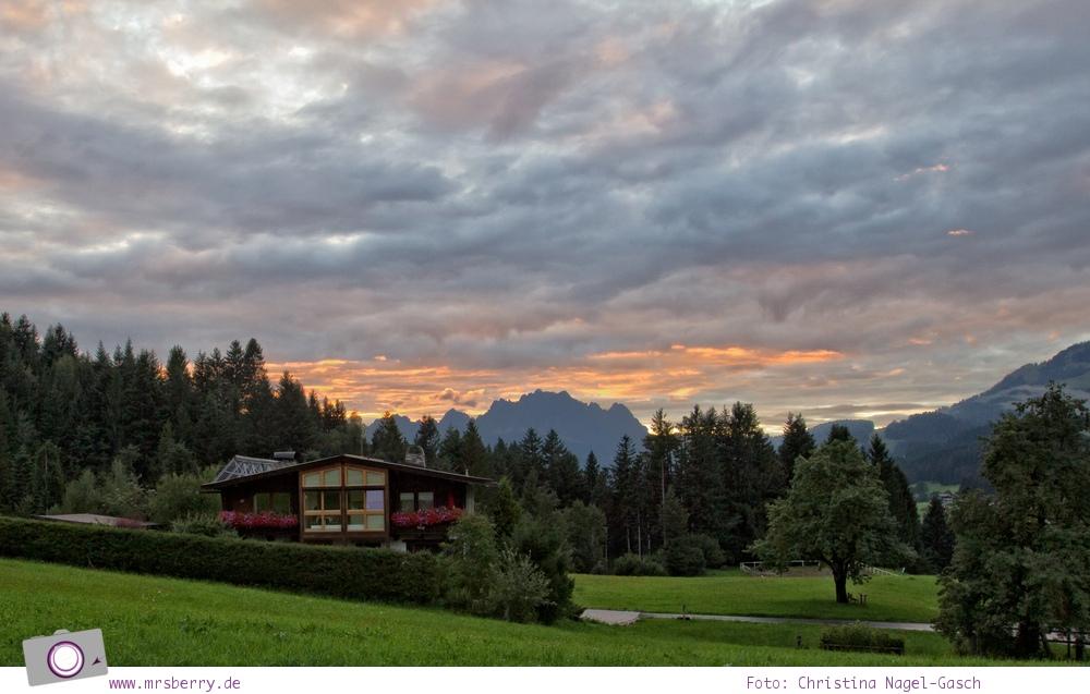 Familienurlaub im PillerseeTal: Wilder Kaiser im Sonnenuntergang