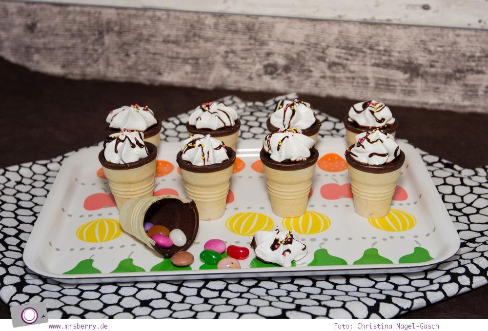 Sweet Table - 5 tolle Rezepte zum Kindergeburtstag: gefüllte Eishörnchen mit Süßigkeiten