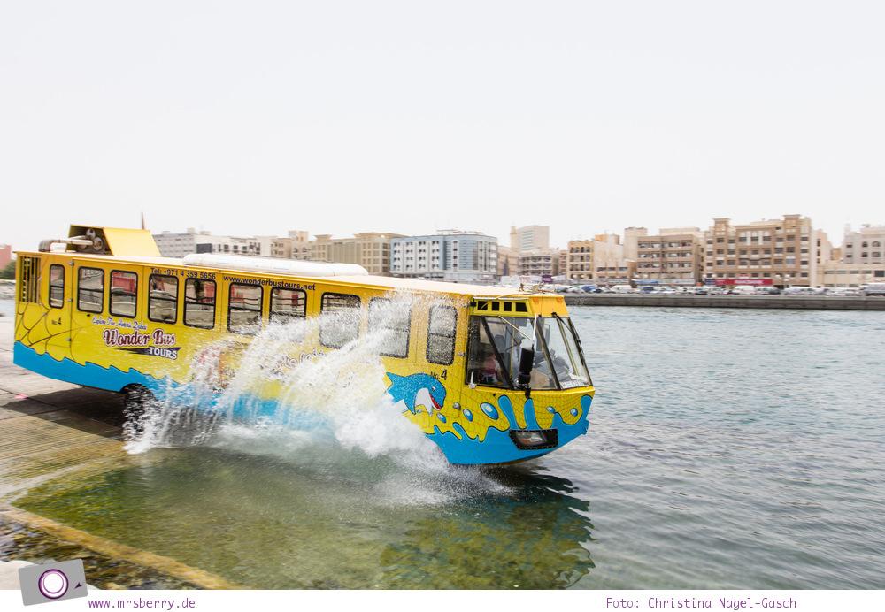 Fernreisen - Dubai mit Kind: Stadtrundfahrt it dem Amphibienfahrzeug Wonderbus zu Land und zu Wasser