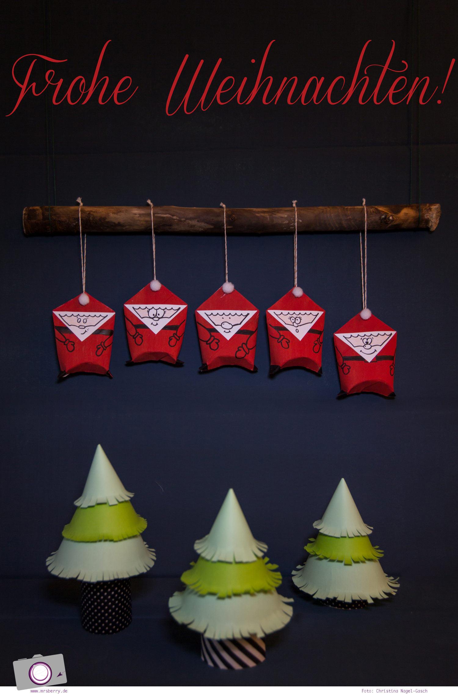 Adventskalender selber machen: basteln mit Klorollen - Weihnachtsmann und Tannenbaum / Weihnachtsbaum aus Klorollen basteln