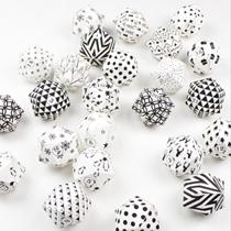 Adventskalender selber machen - die schönsten Ideen: Diamanten in Schwarz und Weiß