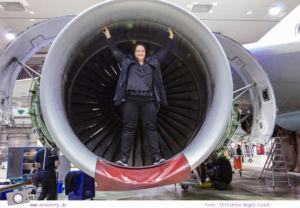 Condor: Ein Blick hinter die Kulissen von Deutschland größtem Ferienflieger #InsightCondor | Einblick in die Condor Technik Halle | im Triebwerk eines Flugzeugs