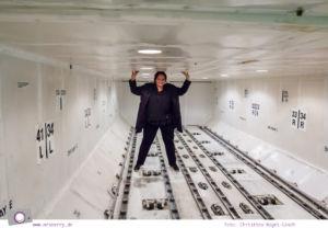 Condor: Ein Blick hinter die Kulissen von Deutschland größtem Ferienflieger #InsightCondor | Einblick in die Condor Technik Halle | im Frachtraum eines Flugzeugs