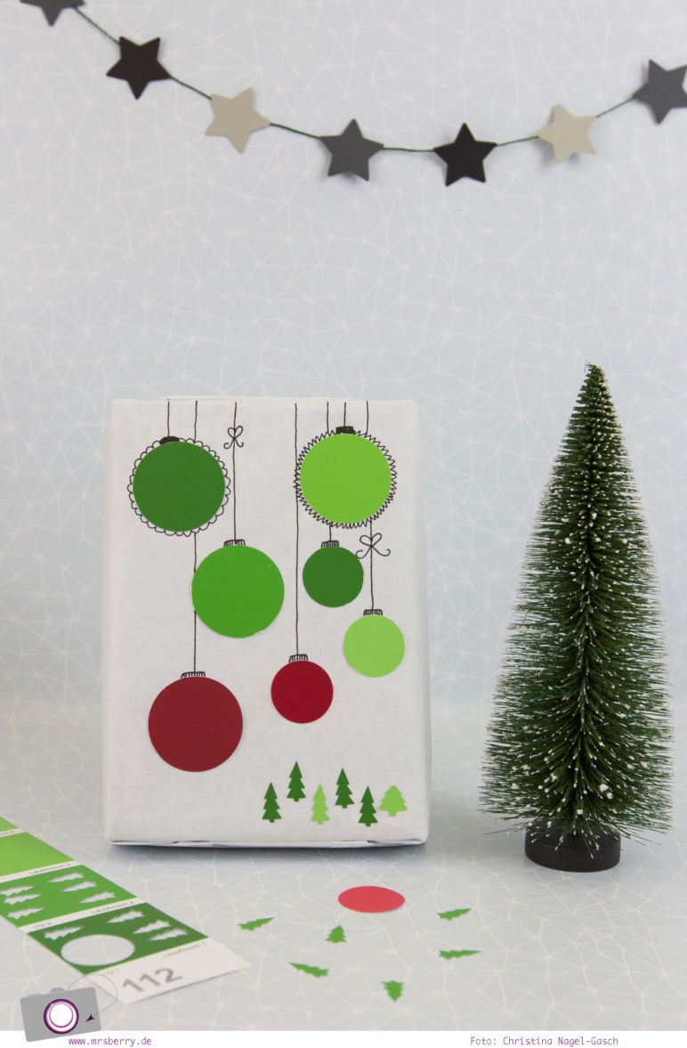 Geschenke schön verpacken - Weihnachtsgeschenke in Weiß, Grün und Rot