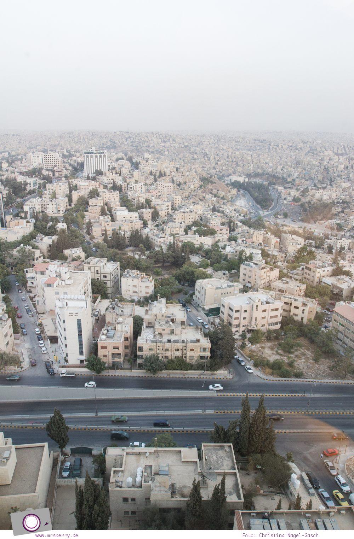 Rundreise Jordanien - ein Reisebericht: Aussicht vom Hotel Le Royal Amman auf die Hauptstadt Jordaniens