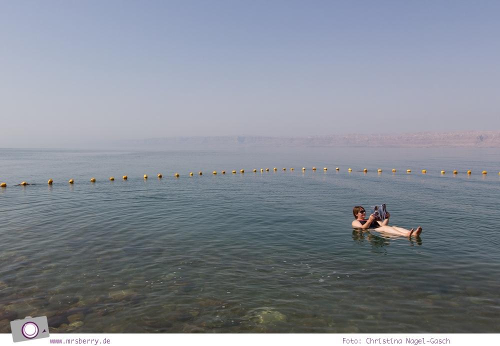 Rundreise Jordanien - ein Reisebericht: Floating im Toten Meer