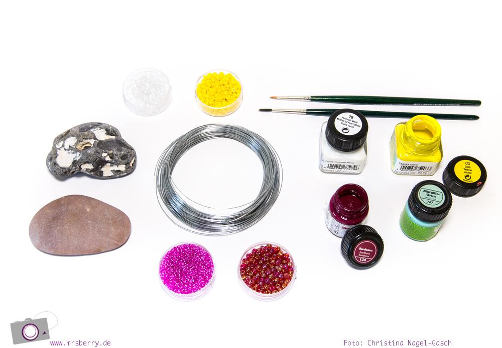 Kartenhalter aus Steinen und Draht basteln - ein DIY zum Muttertag, als Tischkartenhalter oder Bilderhalter: die Materialien