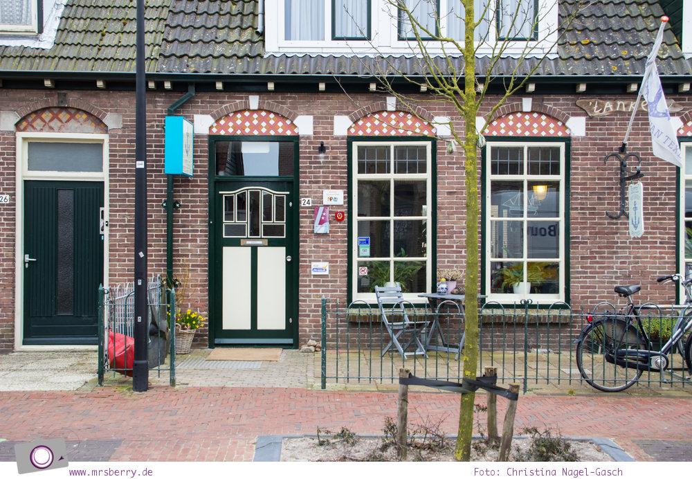 Urlaub auf Texel mit Kind und Hund - Fachwerkhäuser in den Dörfern