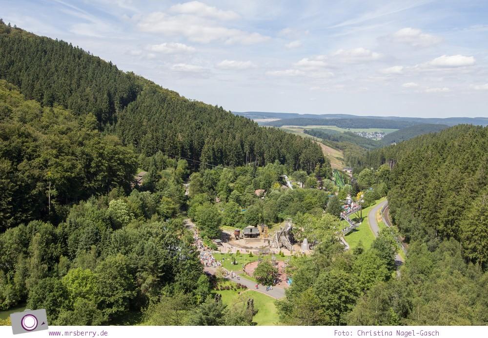 Die besten Ausflugsziele im Sauerland für Familien: Fort Fun Abenteuerland - Aussicht vom Big Wheel Riesenrad