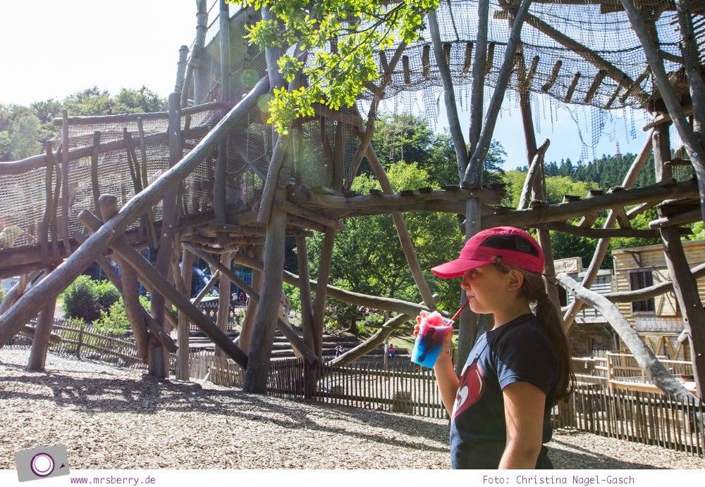 Die besten Ausflugsziele im Sauerland für Familien: Fort Fun Abenteuerland - Der heile Wald Kletterwald