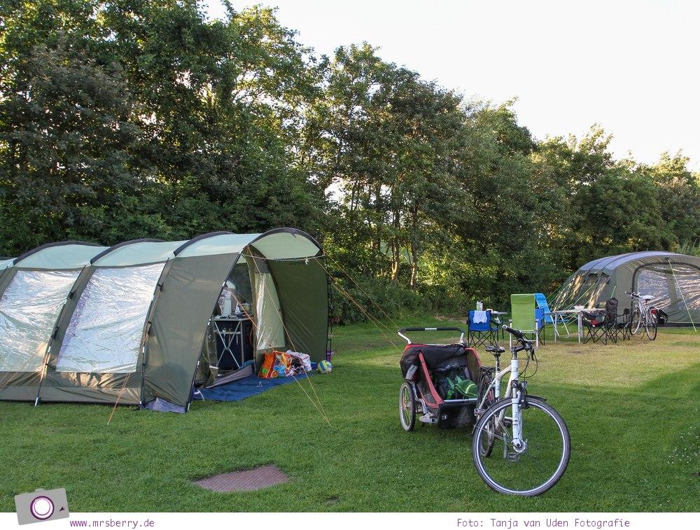 Camping an der Nordsee - mit Zelten Kind und Hund im Nordsee-Camp in Norddeich: