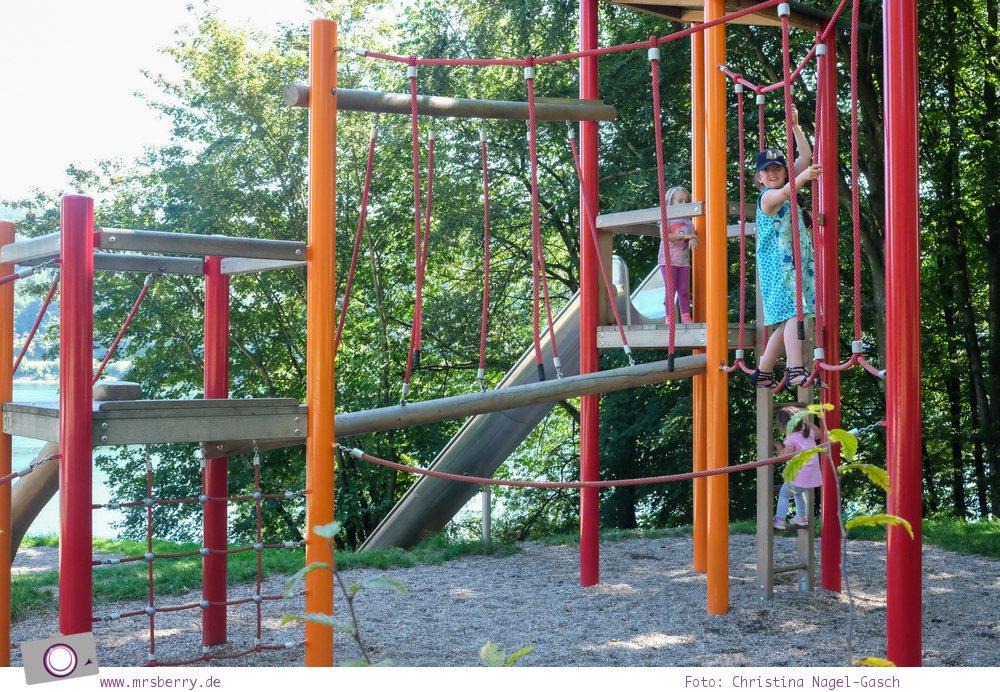 Biggesee im Sauerland - ein Tagesausflug mit Kind und Hund   Spielplatz am Biggesee