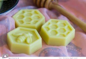 Körperbutter selber machen / Bodybutter selber machen Honey-Lotion-Bars