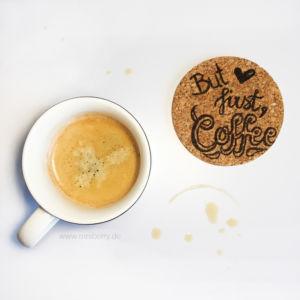 Lettering Guide: Materialien, Tipps & Tricks für Hand Lettering und Brushlettering - für Anfänger und Fortgeschrittene : but first coffee