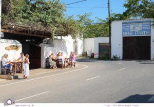 Ibiza mit Kindern - Reisebericht mit Tipps für die Region Santa Eularia: Legendäre Bar Anita in Sant Carles