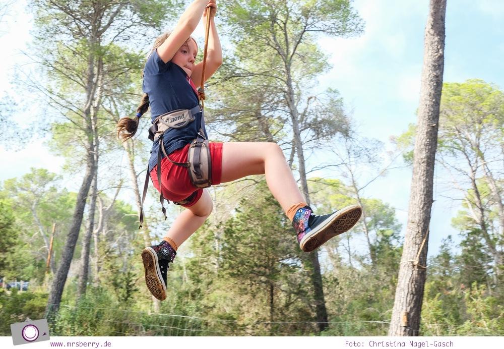 Ibiza mit Kindern - Reisebericht mit Tipps für die Region Santa Eularia: Kletterwald Acrobosc