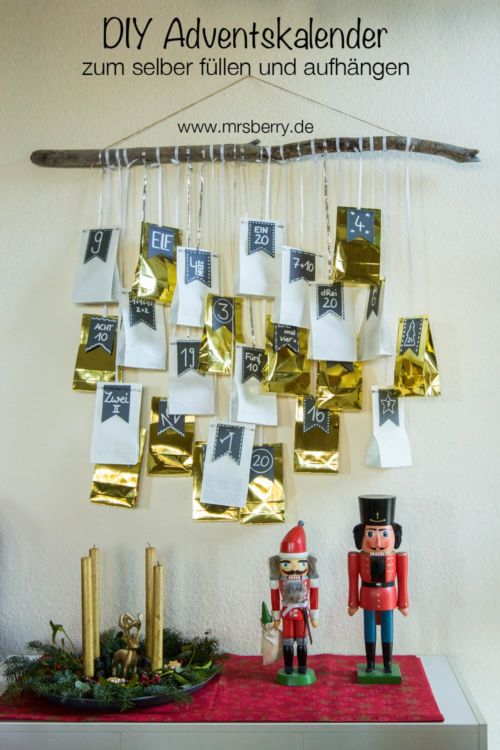 DIY: Adventskalender zum Aufhängen mit 24 gefüllten Tüten und Geschenkideen