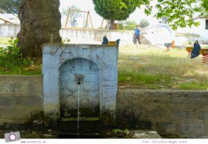 MrsBerry.de | Urlaub in Griechenland, Chalkidiki: Rundfahrt auf Sithonia - Heilende Quelle Agios Pavlos