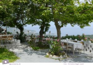 MrsBerry.de | Urlaub in Griechenland, Chalkidiki: Rundfahrt auf Sithonia - Taverne Panorama