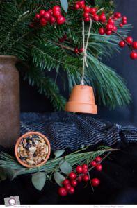 MrsBerry.de Winter DIY   Vogelfutter selber machen oder Meisenknödel selber machen - so einfach geht's