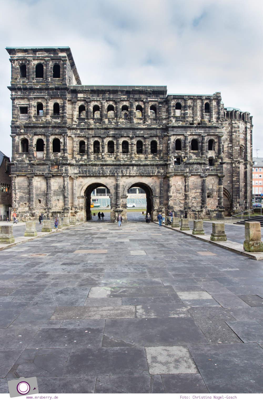 MrsBerry.de in Trier: 10 Sehenswürdigkeiten & Tipps für Deutschlands älteste Stadt - Porta Nigra