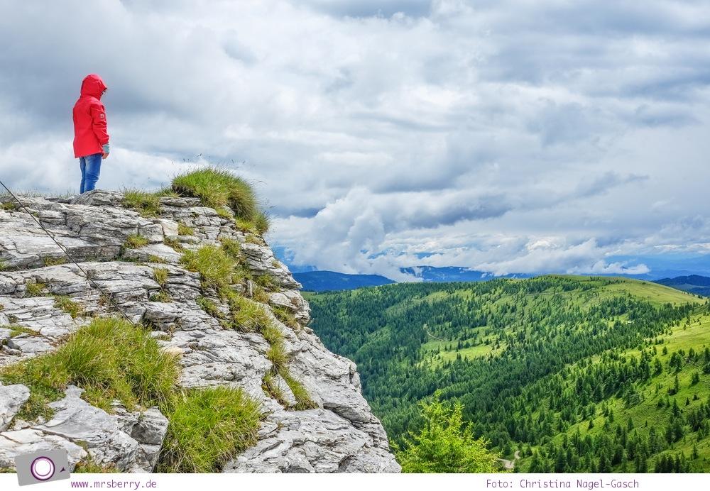 Familienurlaub in Kärnten: Aussicht von Kaiserburg in Bad Kleinkirchheim [Österreich, Wandern im Nockberge Nationalpark]