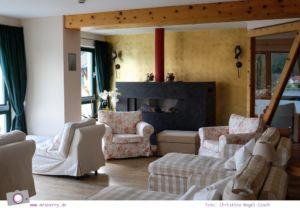 Steiermark mit Kind - Urlaub im Seehotel Jägerwirt auf der Turracher Höhe am Turracher See: Entspannung im Wellnessbereich mit Zirben SPA